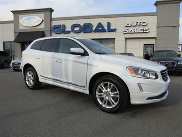 2014 VOLVO XC60 3.2 AWD LEATHER PANOR. ROOF in Ottawa, Ontario