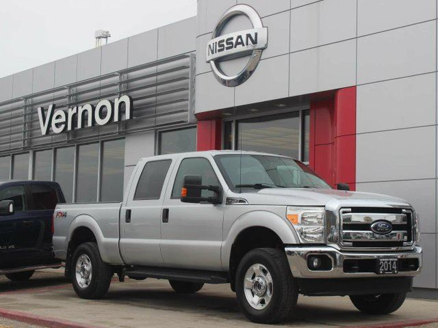 2014 FORD F-250 XLT 4x4 SD Crew Cab 6.75 ft. box 156 in. WB in Vernon, British Columbia