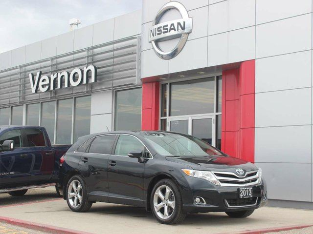 2013 TOYOTA VENZA V6 in Vernon, British Columbia