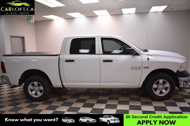 2015 DODGE RAM 1500 ST 4x4 Crew Cab  in Kingston, Ontario