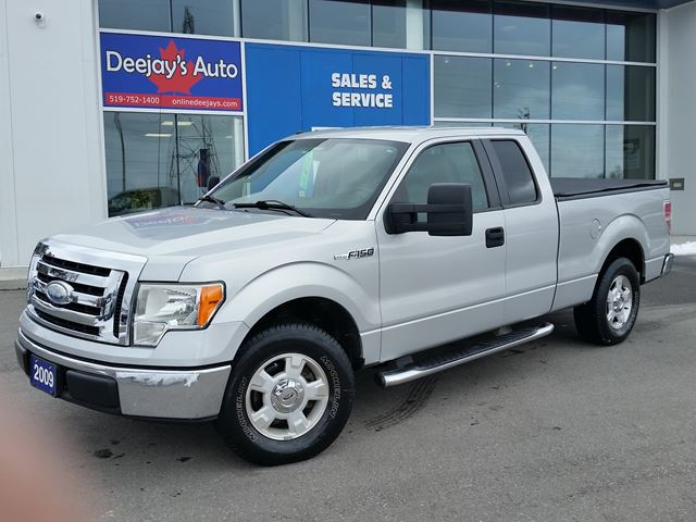 2009 FORD F-150 XLT RWD in Brantford, Ontario
