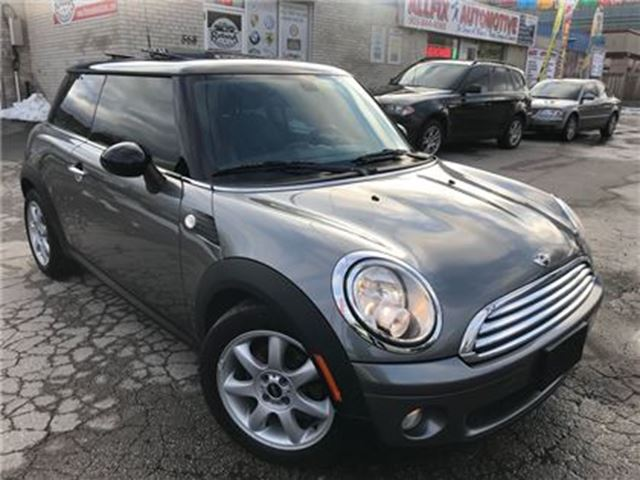 2010 MINI COOPER Leather_Sunroof_Low KMS in Oakville, Ontario