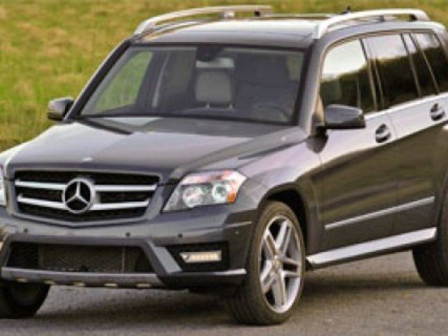 2012 MERCEDES-BENZ GLK-CLASS 4MATIC Accident Free, Navigation (GPS), Leather, Heated Seats, Panoramic Roof, Back-up Cam, Bl in Sherwood Park, Alberta