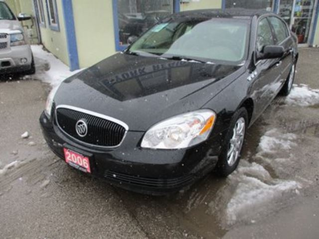 2006 BUICK LUCERNE LOADED CXL MODEL 5 PASSENGER 3.8L - V6.. LEATHE in Bradford, Ontario