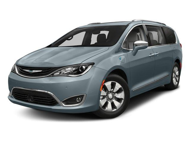 2018 CHRYSLER PACIFICA LIMITED in Bolton, Ontario