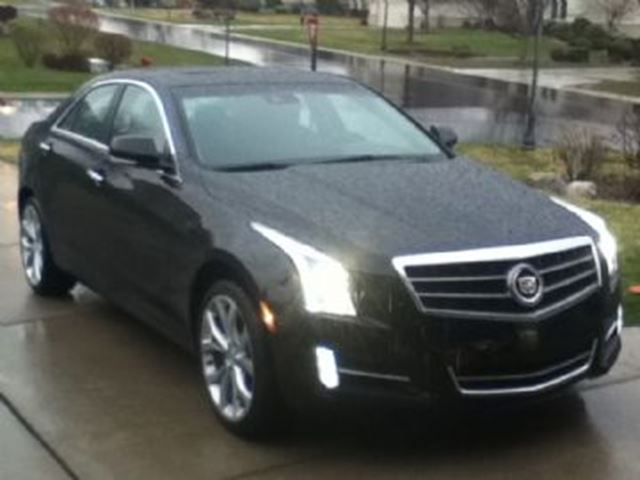 2015 CADILLAC ATS 2.0L Luxury AWD in Mississauga, Ontario
