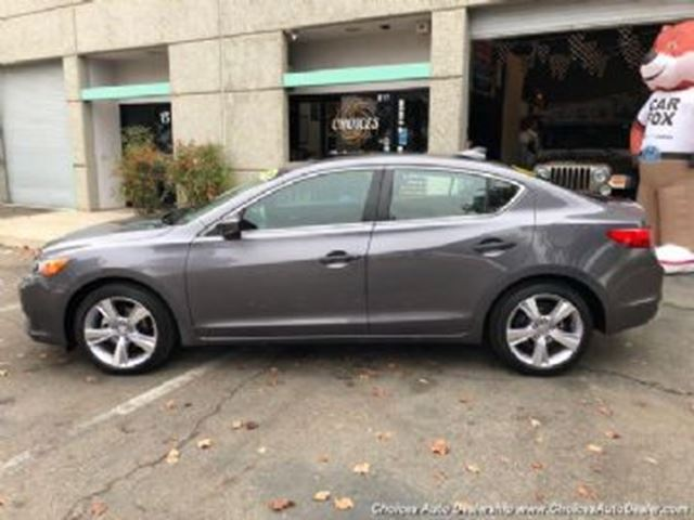 2015 ACURA ILX Premium Package in Mississauga, Ontario