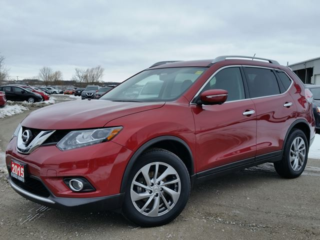 2015 NISSAN ROGUE SL AWD w/all leather,NAV,panoramic roof,heated seats,rear cam,pwr group in Cambridge, Ontario