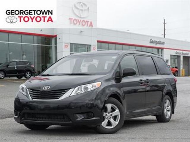 2017 TOYOTA SIENNA LE in Georgetown, Ontario