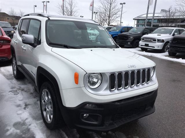 2017 JEEP RENEGADE LIMITED 4X4**NAVIGATION**MY SKY SUNROOF** in Mississauga, Ontario