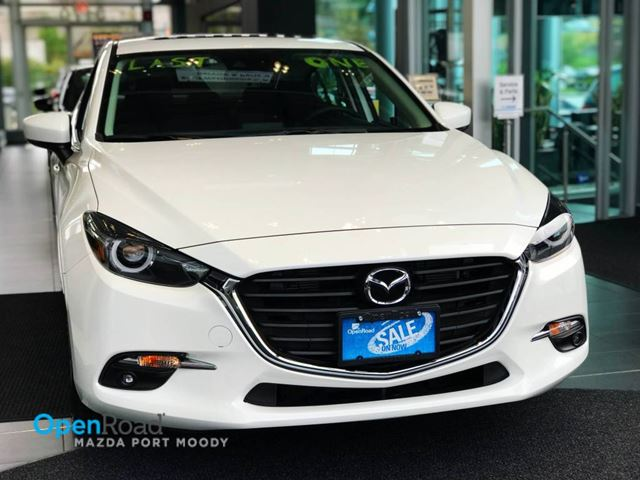 2017 MAZDA MAZDA3 GT Sdn M/T Bluetooth USB AUX Sunroof Rearview C in Port Moody, British Columbia