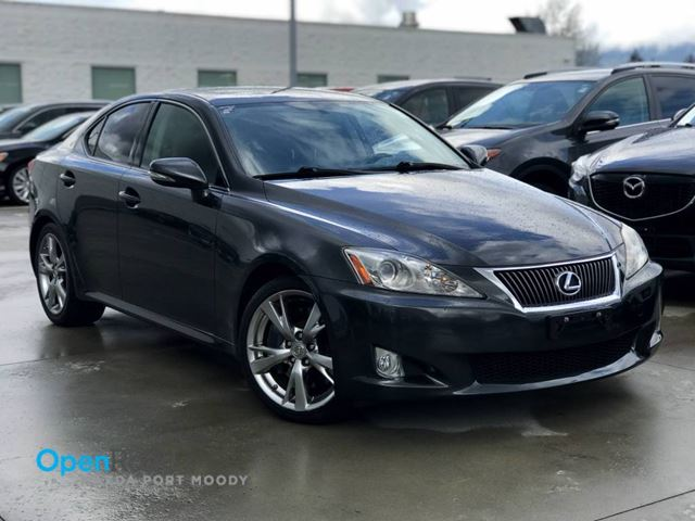 2009 LEXUS IS 350 RWD A/T Bluetooth AUX Navi Leather Sunroof Crui in Port Moody, British Columbia