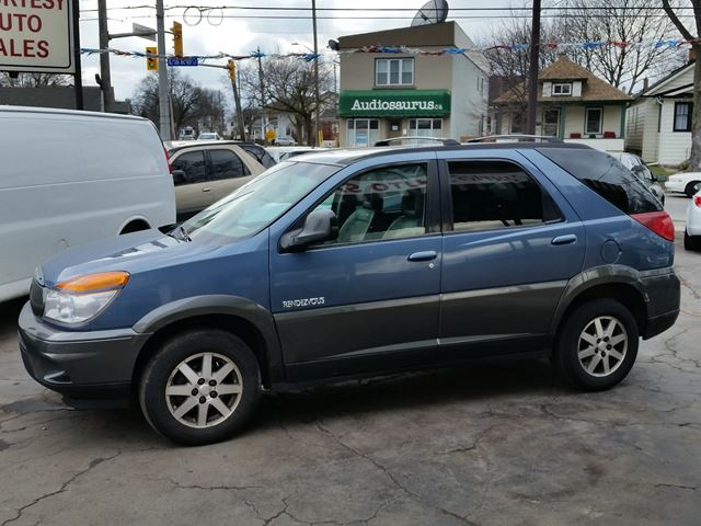 2002 BUICK RENDEZVOUS CX w/1SA Value Pkg in St Catharines, Ontario