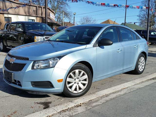 2011 CHEVROLET CRUZE LS+ w/1SB in St Catharines, Ontario
