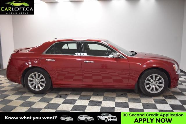 2012 CHRYSLER 300 LIMITED RWD - SUNROOF * HEATED SEATS * LEATHER in Kingston, Ontario