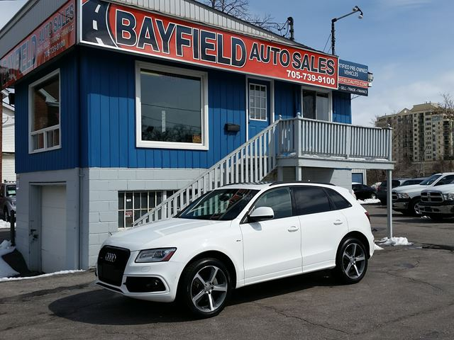 2015 AUDI Q5 3.0T Technik **Navigation/Panoramic Sunroof** in Barrie, Ontario