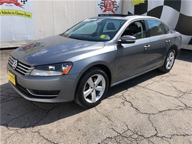 2014 VOLKSWAGEN PASSAT Comfortline, Automatic, Leather, Sunroof, in Burlington, Ontario