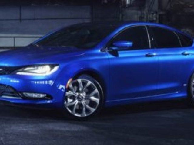 2015 CHRYSLER 200 S SPORT Navigation (GPS), Leather, Heated Seats, Panoramic Roof, Back-up Cam, Bluetooth, A/C, in Sherwood Park, Alberta