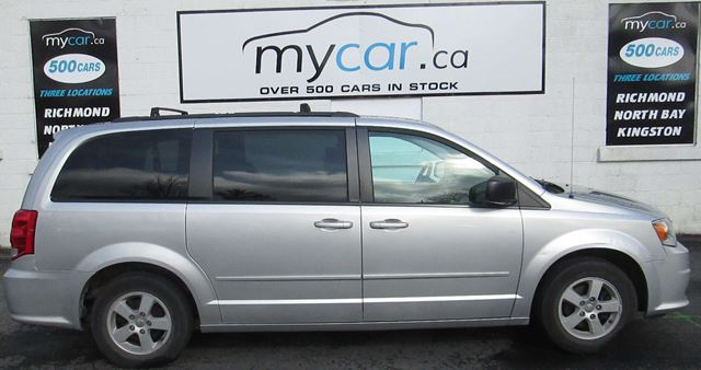 2012 DODGE GRAND CARAVAN SE/SXT 7 PASSENGER, BLUETOOTH, ALLOY WHEELS in North Bay, Ontario