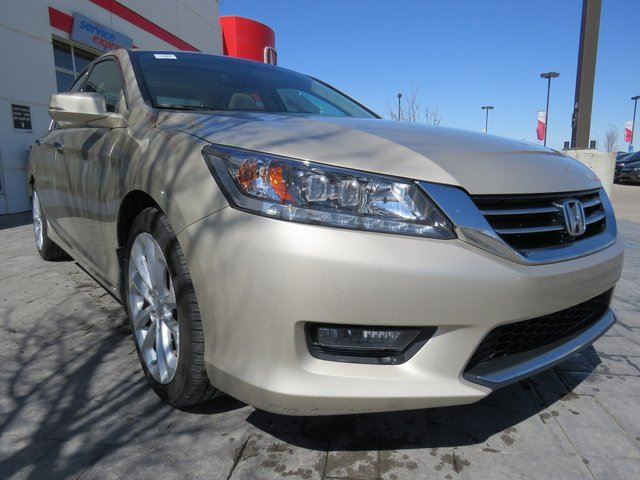 2014 Honda Accord Touring V6 in Airdrie, Alberta