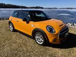 2015 MINI Cooper S Only 38000 km in Perth, Ontario
