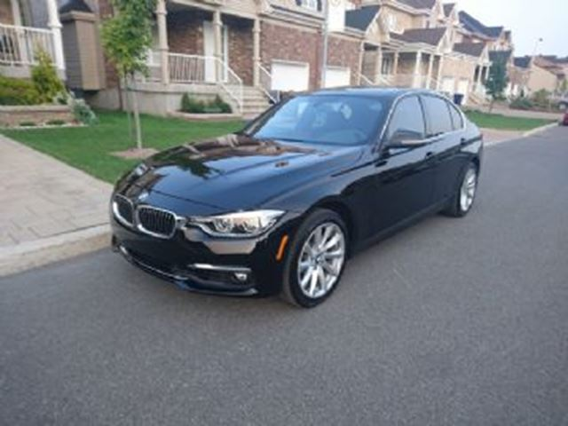 2017 BMW 3 SERIES 330i xDrive AWD w/ Sun Roof in Mississauga, Ontario