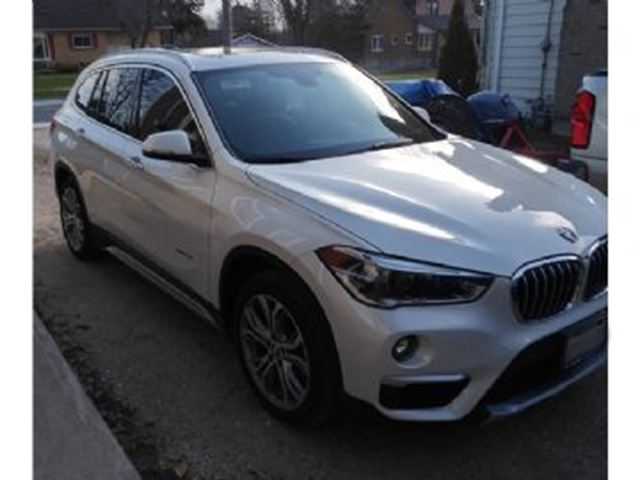 2016 BMW X1 28i xDrive w/Premium Package in Mississauga, Ontario