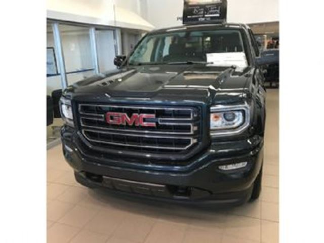 2017 GMC SIERRA 1500 SLE-ELEVATION-KODIAK-4X4 in Mississauga, Ontario