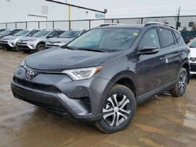 2016 TOYOTA RAV4 FWD 4dr LE in Mississauga, Ontario