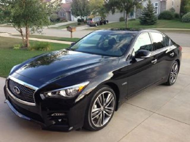 2015 INFINITI Q50 Limited Tech in Mississauga, Ontario