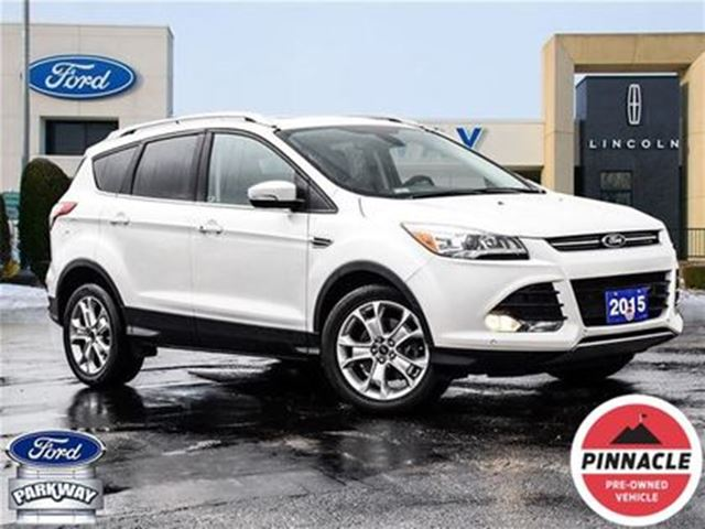 2015 Ford Escape Titanium AWD  LOADED  LOW KM  ACCIDENT FREE! in Waterloo, Ontario