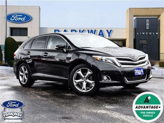 2014 TOYOTA VENZA V6 AWD in Waterloo, Ontario