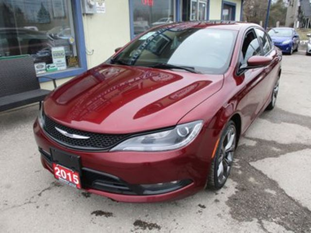2015 CHRYSLER 200 LOADED 'S-TYPE' 5 PASSENGER 3.6L - V6.. LEATHER in Bradford, Ontario