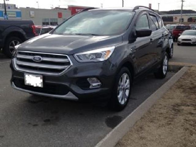 2017 FORD ESCAPE SE AWD in Mississauga, Ontario