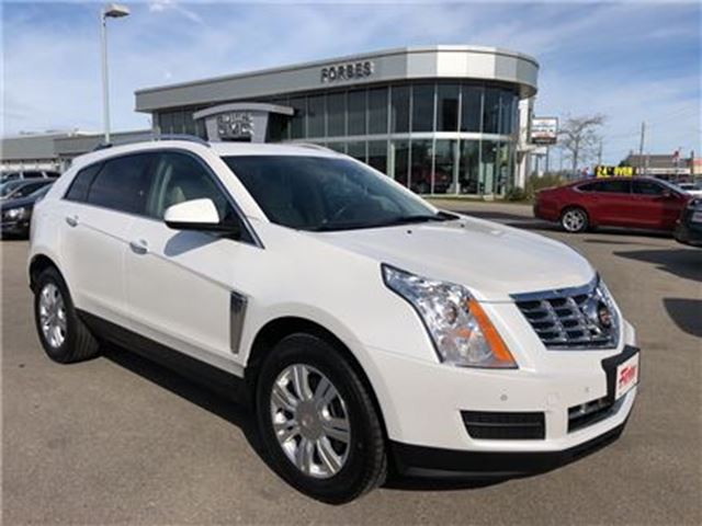 2014 CADILLAC SRX Luxury \ NAVIGATION \ AWD \ SUNROOF in Waterloo, Ontario
