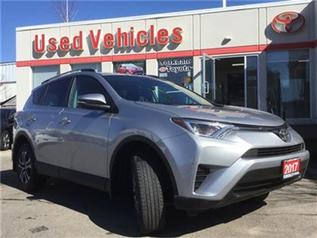 2017 TOYOTA RAV4 LE FWD- B.tooth  B.cam  A/c  Cruise  USB/AUX  P.Wi in Toronto, Ontario