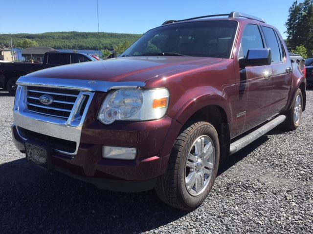 2008 Ford Explorer Sport Trac Limited in Lac-Etchemin, Quebec