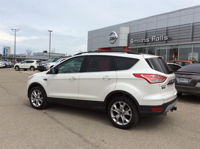 2013 FORD ESCAPE SEL in Smiths Falls, Ontario