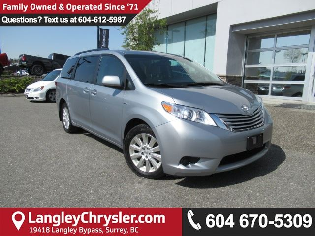 2016 TOYOTA SIENNA LE 7 Passenger in Surrey, British Columbia