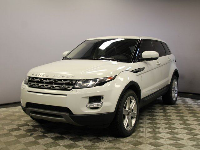 2013 LAND ROVER RANGE ROVER EVOQUE Pure Plus - Local Trade In   3M Protection Applied   2 Sets of Tires Included   Navigation   Back Up Camera   Parking Sensors   Push Start   Ambient Lighting   Panoramic Glass Roof   Heated Windshield with Rain Sensing Wipers   Heated Front Seats   H in Edmonton, Alberta