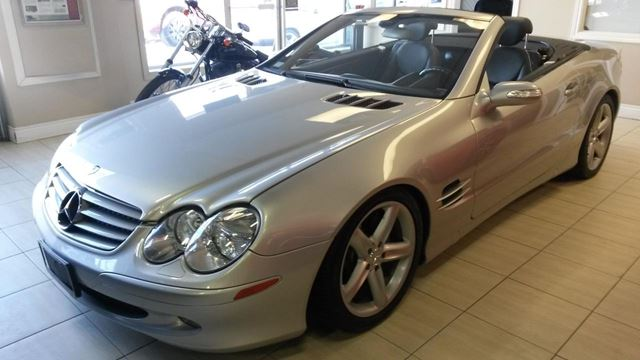 2005 MERCEDES-BENZ SL-CLASS Base in Guelph, Ontario