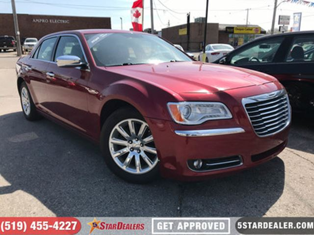 2011 CHRYSLER 300 Limited   NAV   LEATHER   ROOF in London, Ontario
