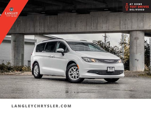 2017 CHRYSLER PACIFICA LX in Surrey, British Columbia