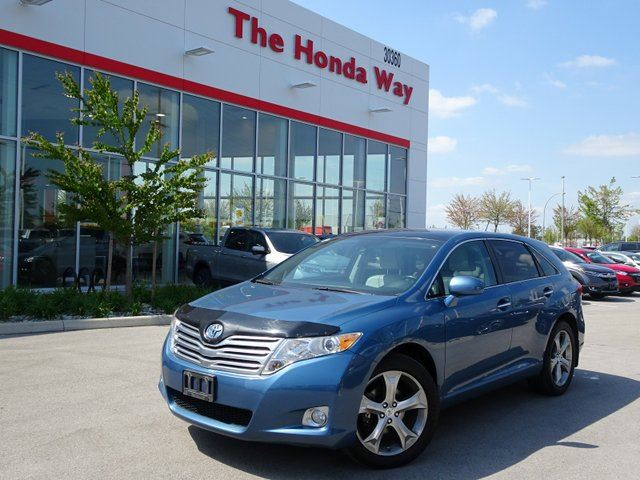 2011 TOYOTA VENZA AWD V6 in Abbotsford, British Columbia