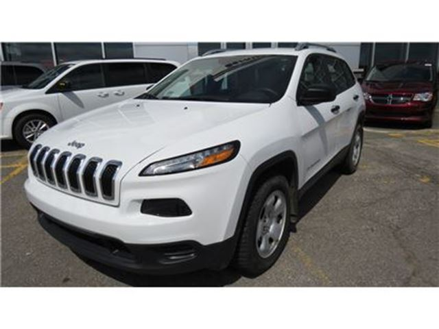 2016 Jeep Cherokee Sport in Trois-Rivieres, Quebec