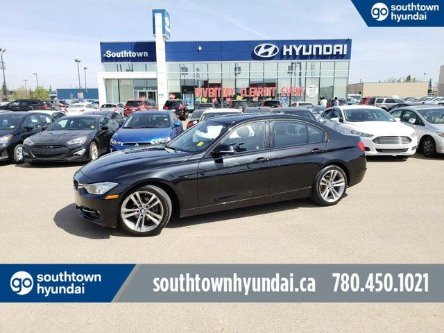 2013 BMW 3 SERIES XDRIVE/NAV/LEATHER/SUNROOF in Edmonton, Alberta