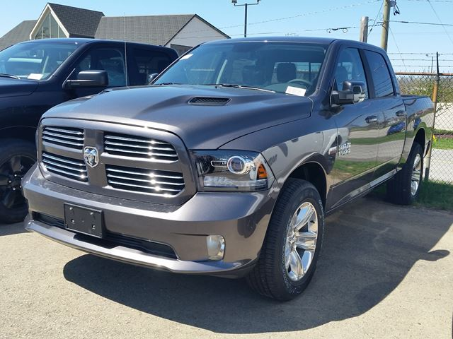 2017 Dodge RAM 1500 Sport in Fort Erie, Ontario