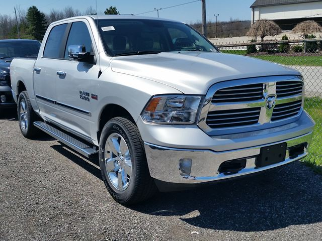2017 Dodge RAM 1500 Big Horn 4x4 in Fort Erie, Ontario
