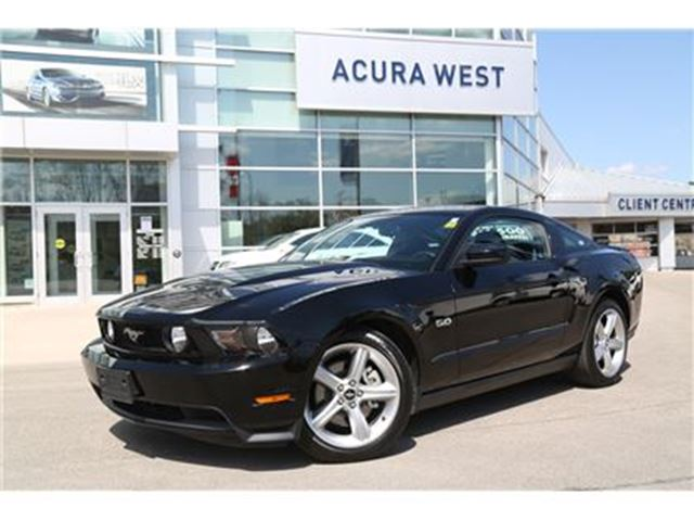 2012 FORD MUSTANG GT ONLY 27116kms in London, Ontario