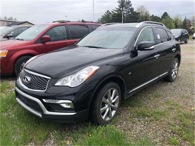 2016 INFINITI QX50 AWD / SUNROOF / LEATHER / BACK UP CAMERA in Fonthill, Ontario